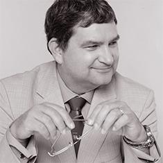 Dr Edward Laane